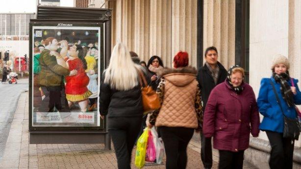 Bilbao se promociona con un cuadro de Botero en una marquesina de Londres